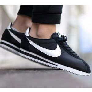 Nike Cortez 72 leather basic sneakers men's 10